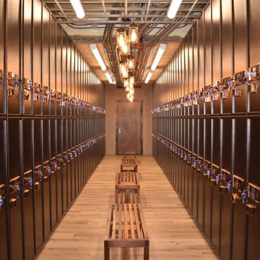 Large Locker Room